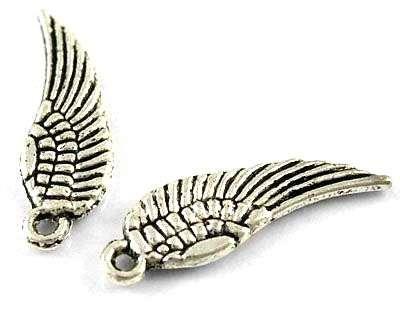 Přívěsek křídlo malé 17 mm, starostříbro
