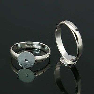 Prsten s ploškou k nalepení 8 mm, velikost 17 mm, stříbrný