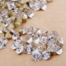 Skleněné šatony kvality A 2,4 mm, 100 ks, krystal se zlatým pokovem