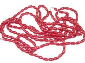 Voskované perle rýže 4x8 mm, 154 ks na šňůře, červená