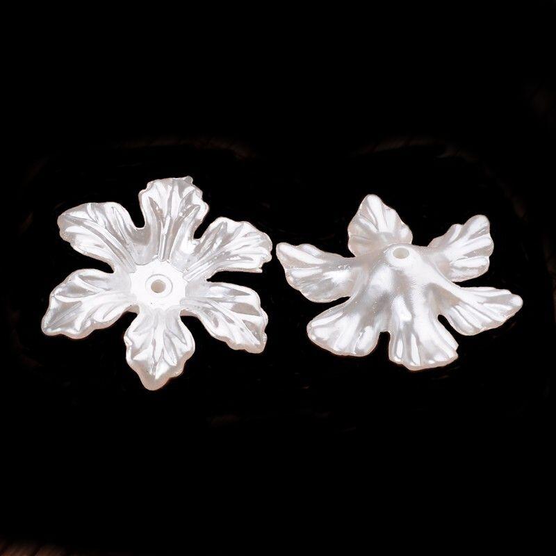 Akrylový květ perleťový 28 mm, 2 ks