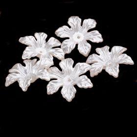 Akrylový květ perleťový 28 mm, 20 ks