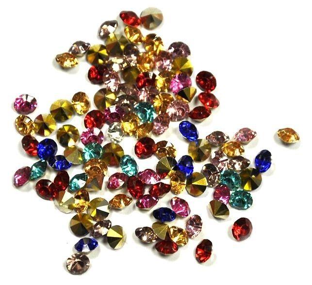 Kabošon ve tvaru diamantu, 5 mm, 50 ks, mix barev